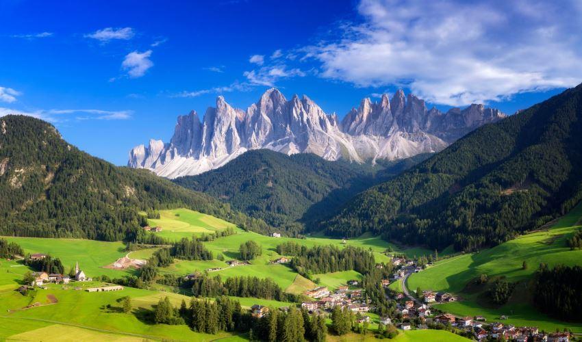 5 Hal yang Wajib Anda Lakukan di Dolomites, Italia